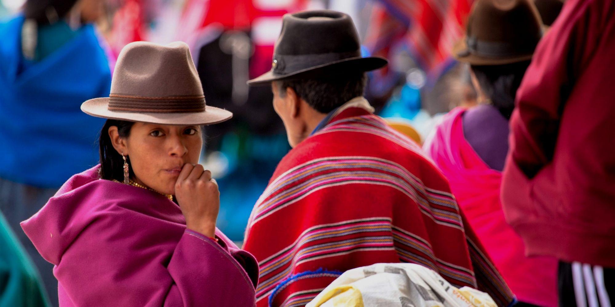 Traditional Quito Dress - Street Market